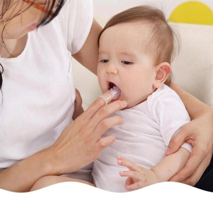 Напальчник дитяча зубна щітка для малят + футляр, прозорий